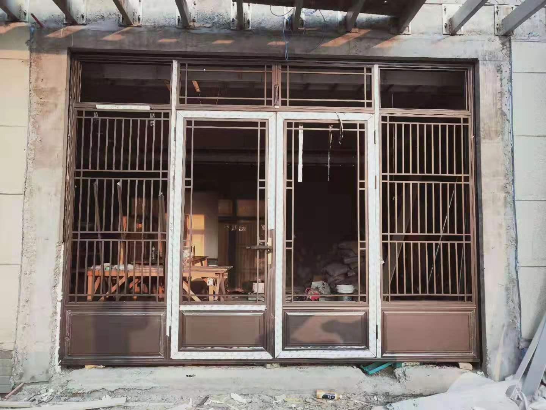 别墅中式铝合金门窗.jpg
